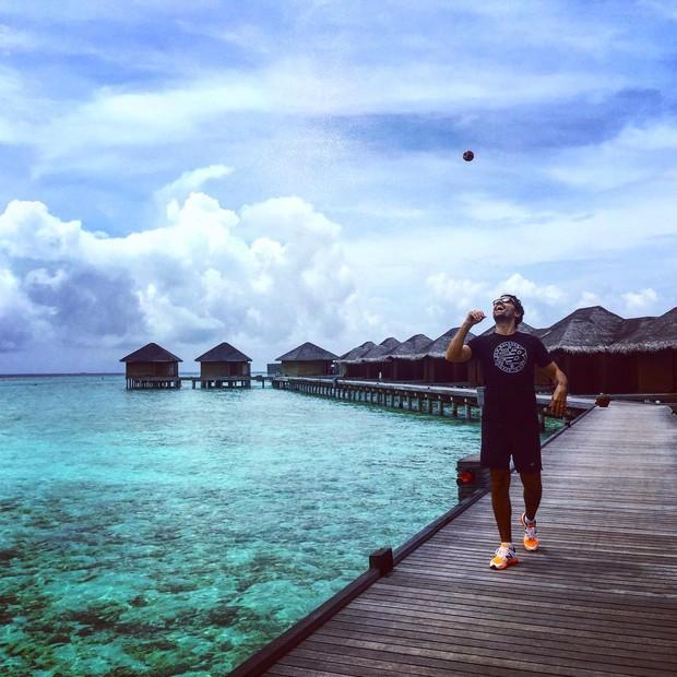 Ricardo Pereira e a mulher, Francisca, curtem férias nas Maldivas (Foto: Reprodução/Instagram)
