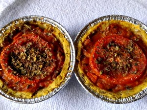 Salgados e tortas se tornaram principal negócio de cozinheira (Foto: Luciane Pereira / Arquivo Pessoal)