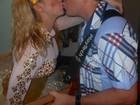 Joelma dá beijo em Chimbinha: 'Namorados em um sonho de amor'