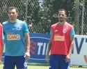 Com três propostas por Anselmo Ramon, Cruzeiro libera atacante