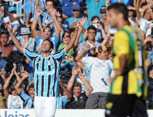 Marco Antonio comemora gol no jogo Grêmio x Cerâmica (Foto: Edu Andrade/Grêmio FBPA)