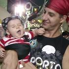 Piratas invadem ruas em desfile de bloco (Reprodução/TV Rio Sul)