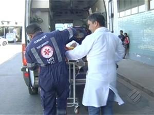 Gerente baleado foi operado no Hospital Regional de Santarém (Foto: Reprodução/TV Liberal)