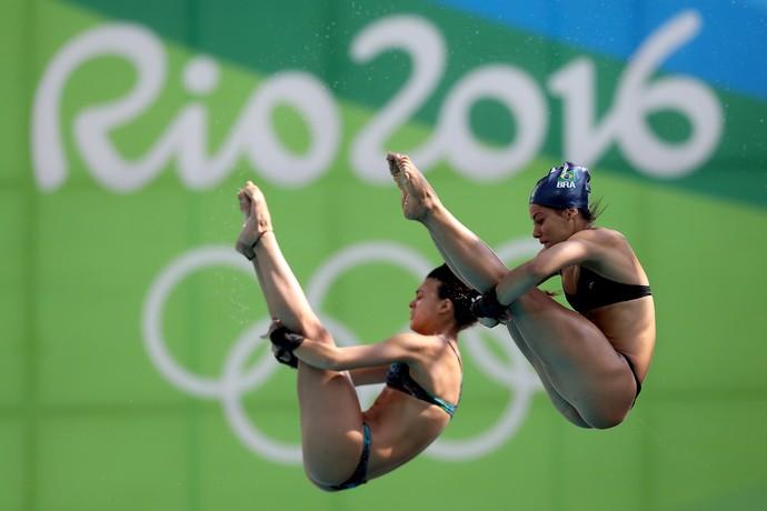 Ingrid Oliveira e Giovanna Pedroso nos treinos para a Rio 2016 (Foto: Satiro Sodré / CBDA)