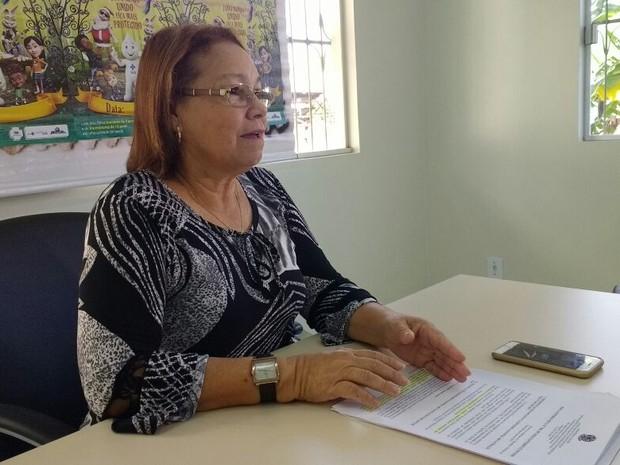 Enfermeira da equipe técnica do Programa Nacional de Imunização (PNI), Núbia Moreira  (Foto: Quésia Melo/G1)