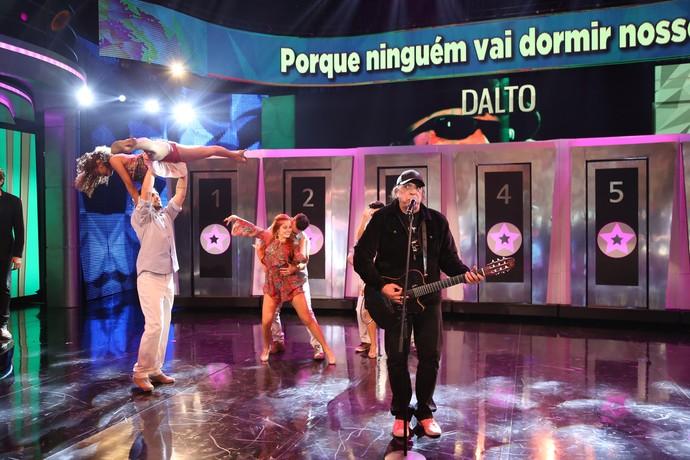 Dalto relembra sucesso (Foto: Carol Caminha / Gshow)