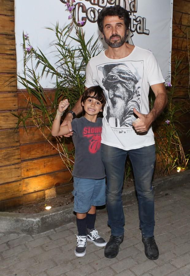 Eriberto Leão e o filho João (Foto: Dilson Silva/AgNews)