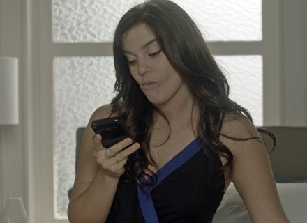 Marina dispensa Tiago, e ele fica magoado