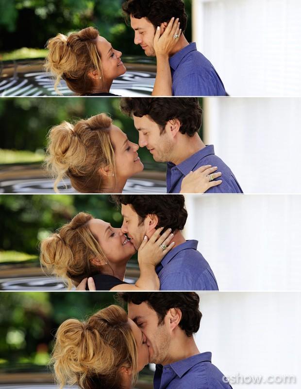 Shirley vai com tudo e Laerte se rende ao beijo (Foto: Fábio Rocha/ TV Globo)