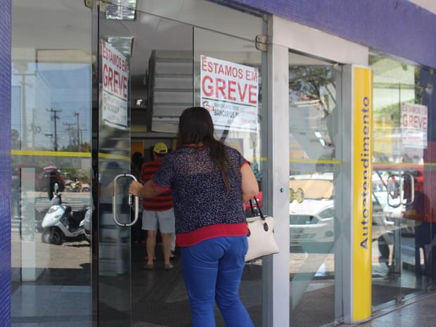 Greve dos bancários em Teresina (Foto: Fernando Brito/G1)