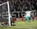 Sul-Americana só depois: Kempes quer foco para jogo com o São Paulo