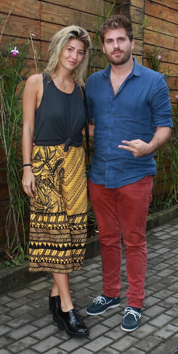 Thiago Gagliasso e namorada, Isabela Rozental (Foto: DILSON SILVA/AGNEWS)