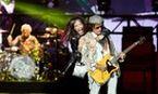 Convulsão de Steven Tyler fez Aerosmith cancelar turnê