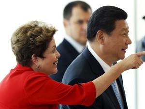 Dilma com Xi Jinping durante encontro no Palácio do Planalto (Foto: Ueslei Marcelino / Reuters)