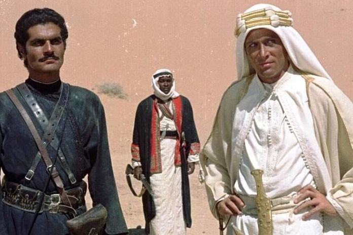 Cena de filme Lawrence da Arábia, dirigido por David Lean