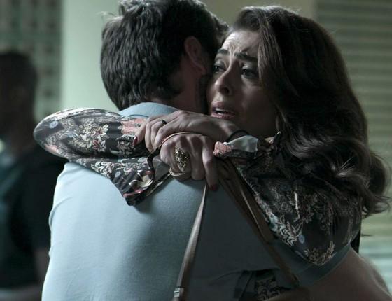 As cenas de Bibi, vivida por Juliana Paes, visitando Rubinho, papel de Emílio Dantas, na cadeia deram o que falar  (Foto: Divulgação/ Rede Globo)