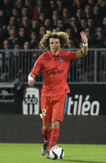 Chelsea aumenta oferta e fica perto de garantir o retorno de David Luiz aa8e07b779bda