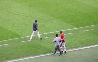 Direção anuncia despedida, mas Nilton fala em brigar por vaga no Inter