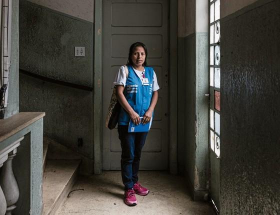 Quando engravidou Jeanneth temeu não ser entendida pelos médicos.Hole ajuda outros imigrantes (Foto:  Gui Christ/ÉPOCA)