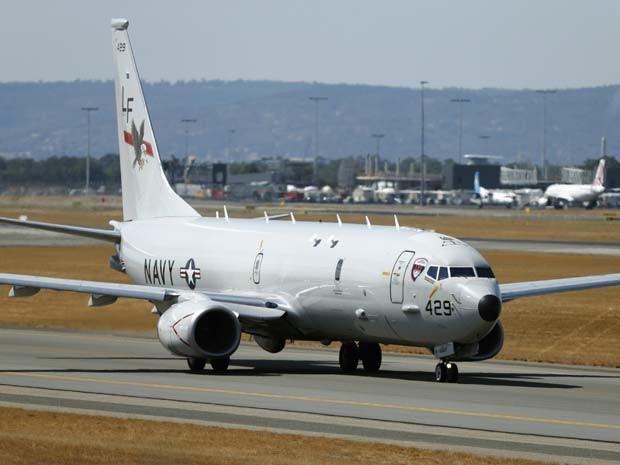 O avião militar P-8 Poseidon, da Marinha norte-americana, parece ser o mais capaz de desvendar mistério do desaparecimento do Boeing 777 (Foto: REUTERS/Jason Reed)
