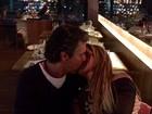 João Kléber posta foto de beijo em Dani Sperle: 'Noite deliciosa!'