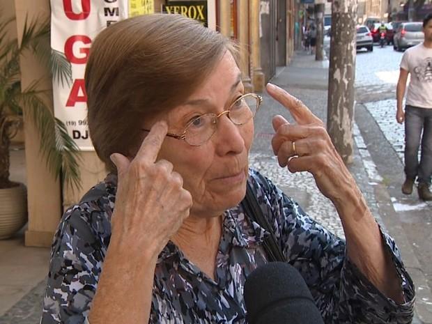 Elcie Tepedino, de 82 anos, faz questão de continuar participando das eleições (Foto: Reprodução / EPTV)