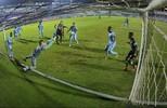 Grohe fecha o gol e garante vitória sobre a Ponte