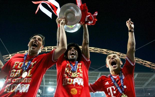 Pizarro, Dante e Rafinha Bayern Liga dos Campeões (Foto: Getty Images)