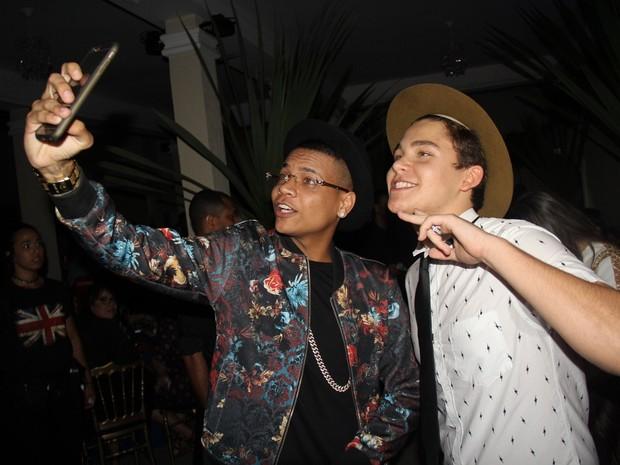 MC Duduzinho e Gabriel Kaufmann em festa na Tijuca, Zona Norte do Rio (Foto: Rogerio Fidalgo/ Ag. News)