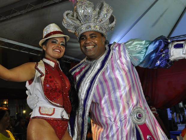 Rainha e Rei Momo do carnaval 2017 de Poços de Caldas (MG) (Foto: Lúcia Ribeiro/G1)