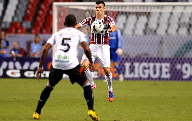wagner fluminense ygor figueirense  (Foto: Dhavid Normando / Photocamera)