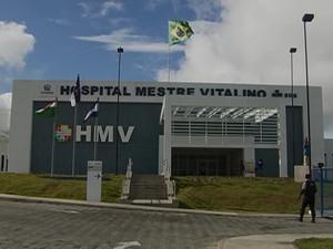 Hospital Mestre Vitalino, Caruaru (Foto: Reprodução / TV Asa Branca)