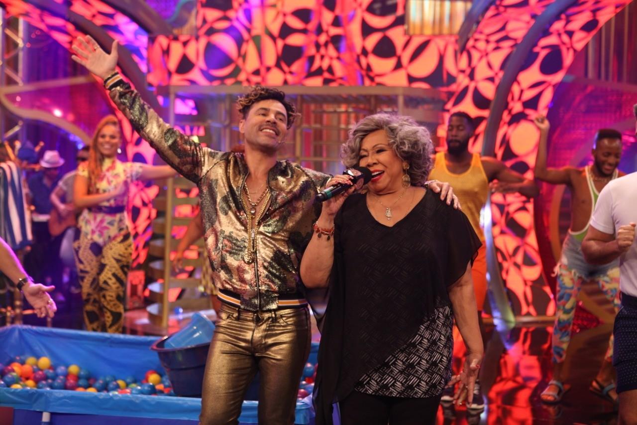 No programa da nova temporada de 'Os Suburbanos', Jefinho do Pagode recebe a diva Alcione (Foto: Divulgao/ Multishow)