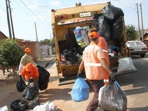 Coleta de lixo não será realizada na sexta-feira (25). (Foto: Wilson Ruiz/Divulgação)