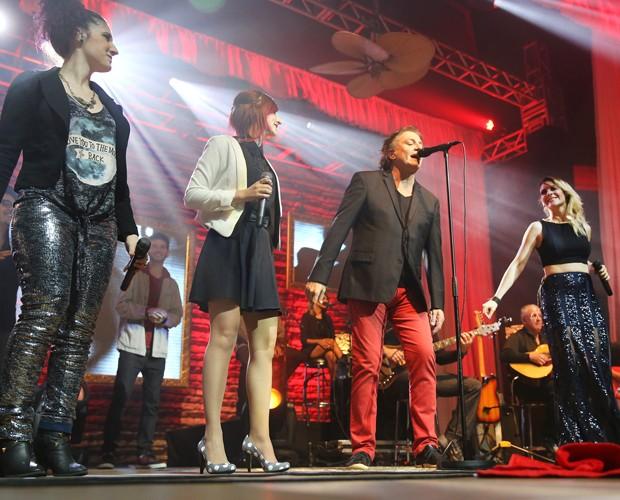 Fábio Jr. e banda Melody em show em Porto Alegre (Foto: Pedro Tesch / Divulgação Melody)