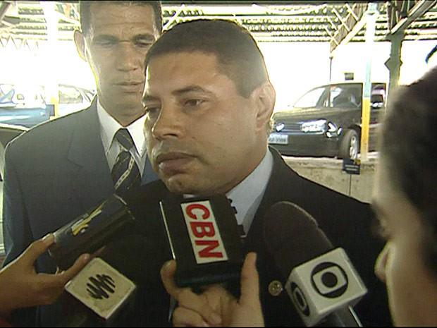 Ex-deputado distrital Carlos Xavier durante entrevista quando ainda era parlamentar (Foto: TV Globo / Reprodução)