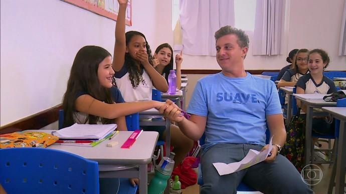 Em dois anos, Julia já juntou 26 milhões de lacres (Foto: TV Globo)