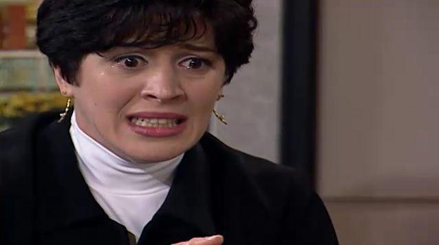 Luiza vai  construtora e ngela lhe revela que matou Vilma (Foto: Reproduo/viva)