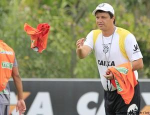 Adilson Batista testa possível equipe titular (Foto: Luiz Henrique / divulgação FFC)