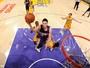 Lakers reagem, mas Suns seguram a vitória no duelo dos últimos do Oeste