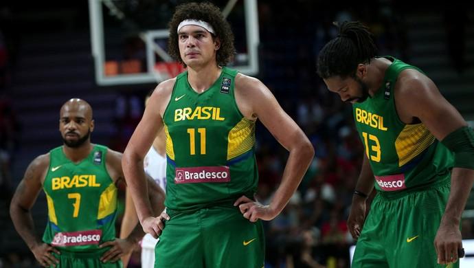 Varejão basquete Brasil x Sérvia (Foto: FIBA)