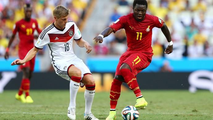 Toni Kroos e Sulley Muntari Alemanha x Gana (Foto: Getty Images)