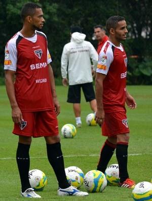 Luis Ricardo e Douglas (Foto: Site oficial do SPFC)