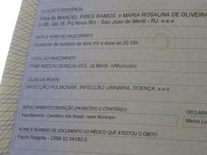 Atestado de óbito de Palmerina: infecção urinária, infecção pulmonar e doença não especificada (Foto: Alba Valéria Mendonça/ nG1)