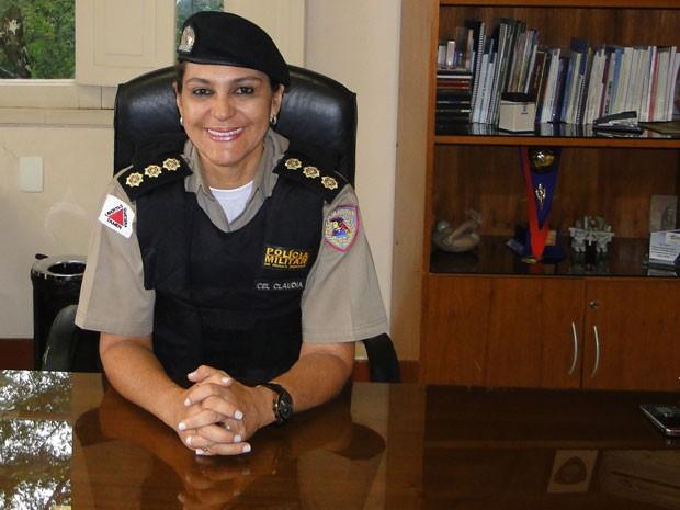 Há 27 anos na Polícia Militar, a coronel já desempenhou funções administrativas e operacionais, na capital, na Grande BH e no ineterior do estado (Foto: Raquel Freitas/G1)