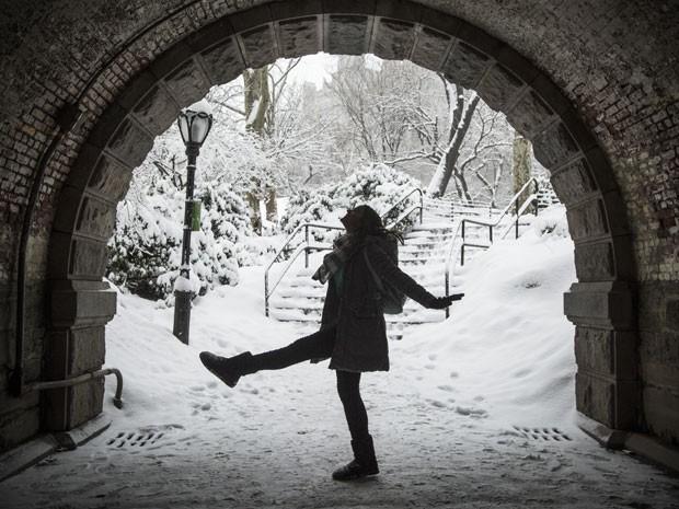 Bruna se diverte em gravação no Central Park de NY (Foto: Raphael Dias/Gshow)