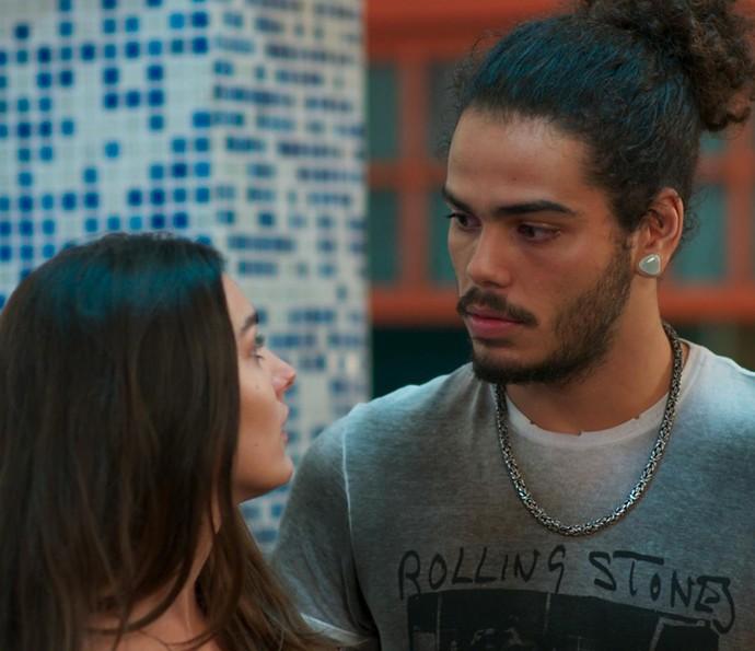 Pedro insiste em levar Rodriguinho, mas Luciana não deixa (Foto: TV Globo)