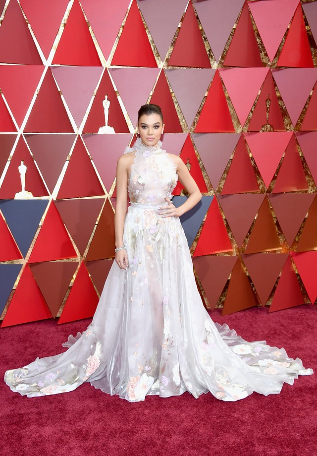 HOLLYWOOD, CA - FEBRUARY 26:  Actor Hailee Steinfeld attends the 89th Annual Academy Awards at Hollywood & Highland Center on February 26, 2017 in Hollywood, California.  (Photo by Kevork Djansezian/Getty Images) (Foto: Getty Images)
