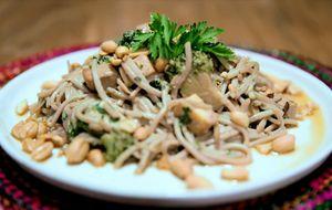 Pad Thai, prato típico tailandês: receita da Bela Gil