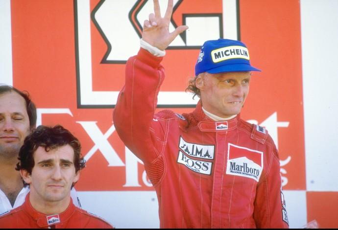 Em 1984, Niki Lauda foi campeão por apenas 0,5 ponto de vantagem sobre Alain Prost (Foto: Getty Images)
